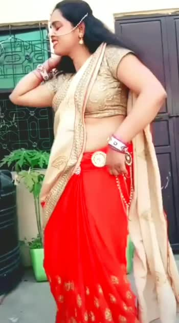 #desibhabhidance #desi  #hit #desibhabhi  #desiaunty  #desibeauty  #desibeats  #bollywooddance  #bollywood  #roposostar  #superhit  #beautifulbhabhi  #desistar  #bestdance