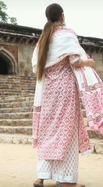happy Ganesh chaturthi #fashionquotient #fashionquotientchannel #lookgoodfeelgood  #ganeshchaturthi #ganeshchaturthi2019 #fashionvideo #indianwear #indianoutfit