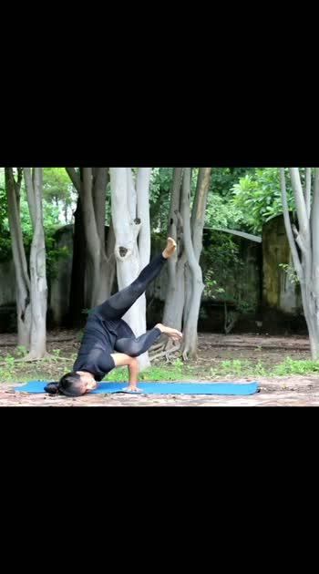 Balance 🧘   #yoga  #fitness #fitme  #yoga  #yogaeverydamnday
