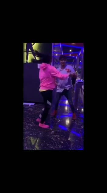 When we plan to celebrate Social Dancing after the Workshop 😋❤️✨ @rutuja.rode too much fun. 🌟🌟🌟 . . . VC : @twodrinksqueen ❤️ . . . . . . . . . #latin #salsa #dance #dancing #danceon #dancers #india #mumbai #bachatasensual #bachatamusic #salsadancing #thewardrobeengineer #love #dancecover #latinpop #latestlatinpop #dancersofinstagram #danceon #dancelife #latin #latindance #latinas #socialdancing #coupledance #romanticdancing