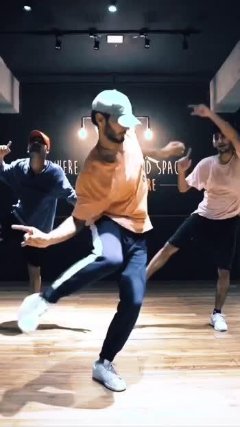 Join my regular Classes every weekend. Follow my Instagram for more info - Mohitsolanki11 😊 #dance #danceclass #dancer #art #jcole #kod #delhi #india