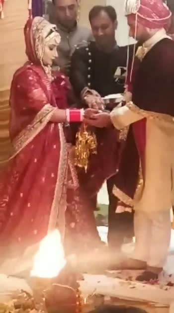 #wedding #indianbride #couple #couplegoals #coupleslove #love #indianwedding #punjabi #punjabiway #punjabi-beat #maahive #punjabisong #shaadisaga #bride #bridesofindia #weddingday #wedding-roposo #wedding-outfits #weddingphotography #bollywoodsong