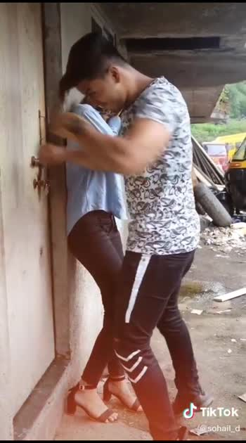 #love-status-roposo-beats  #loveingsong  #punjabisongslover  #tiktokvideo  #loveroposo  #nishabhattofficial  #ninja_song  #sidhumoosewala_new_song  #like4likers  #romanticvideo  #lovely_video  #roposo-stylegirl  #swag  #love-status-roposo-beats  #roposolove #punjabistatus #statuslove