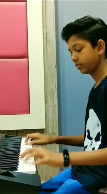 Duniya♥️ #roposostar #roposostars #roposco #bollywoodsong #bollywood #songcover #songs #pianocover #pianomusic #whatsapp_status_video #downloadroposo #viralvideo #superhit_song #pyaarpremamkadhal #pyaar-tu-dil-tu #jubinshah #arijitsinghsongs #heart-touching #heartbroken