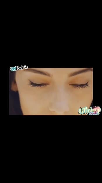 Eyeliner on fleek 💯🙌🏻 #beauty #beautyblogger #fashionblogger #makeup #eyemakeup #makeupblogger #fashion #inspiration #style #onfleek #makeupdeets