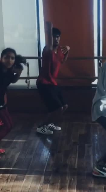 Some Crisp and Smooth stuff.  #roposo #roposostar #risingstar #indian #dance