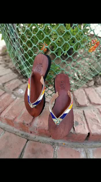 leather chappal for #her #leather #chaapal  follow us on Instagram and shop know .