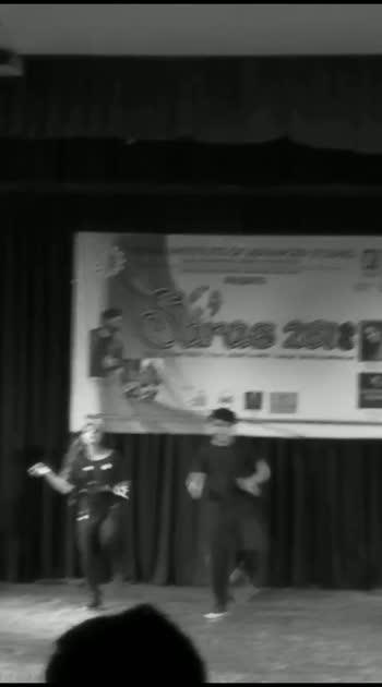#part3 #dance #collegelookbook #performance #competition #duet #featurethisvideo #featureme #roposobeatschannel #roposostar