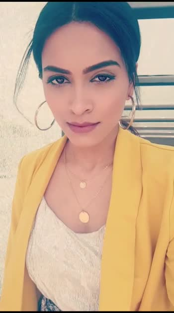 #behind #behindthescenes #bts #btsvideos #photography #photooftheday #photoshoot #photographer #blogger #delhiblogger #delhifashionblogger #indianfashion #indianfashionblogger #indianfashioninfluencer #aashimalamba #thebasicrebel