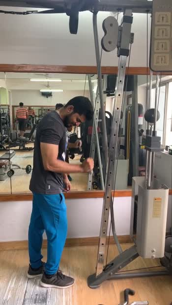 Triceps workout using cable #tricepsworkout #triceps #workoutmotivation #workout #roposo
