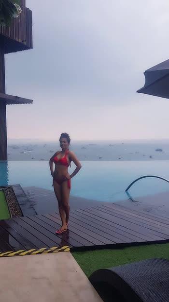 #swimmingpool #swimsuit #ropso-romance #thailanddiaries #love 😘😘