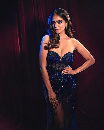 Malavika Mohanan hot cleavage stills at IIFA Green Carpet https://southindianactress.in/malayalam-actress/malavika-mohanan-hot-at-iifa-green-carpet/  #malavikamohanan #southindianactress #malayalamactress #indianactress #indiangirl #hot #hotgirl #hotactress #cleavage #hotcleavage #deepcleavage #boobs #sexy #sexydress #hotdress #indiangirl #indianmodel #tiktok