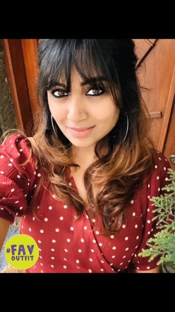 #Delhiyoutuber #bangaloreblogger#myindia#Bengaluru#vogueindia #bangalorebloggers#bangaloreyoutuber#bangalorefashion #bangaloreinfluencer #incredibleindia #sarojininagar #mumbaibloggers#travelkarnataka #delhibloggers#selfiepotrait#indianyoutubers#indiangirl #indianethnicwear #youtubersworld #clickoftheday #indowestern #indianart #indianmusic  #oxidisedjewellery #ootdindia #antiquejewelry #streetstyledelhi #delhiblogger #delhistreetfood #khadicotton #favoutfit