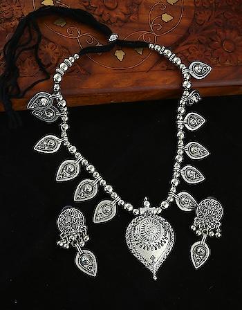 Looking for Navratri jewellery? Anuradha Art Jewellery is herewith exclusive Navratri jewellery collection at the lowest price. Explore more designs on this link: http://bit.ly/2M07Jw4 - - - - - - #navratrijewellery #dandiyajewellery #latestdesigns #fashionjewellery #chokarnecklace #garbajewellery #dreamgirl #anuradhaartjewellery