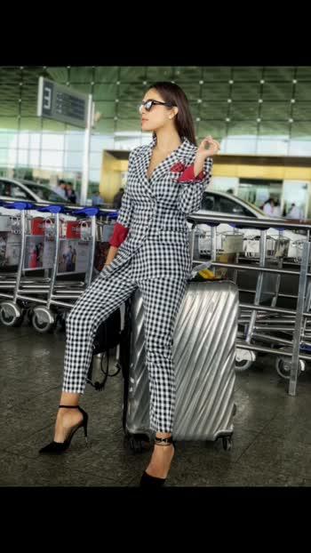 : #airportlook #airportfashion #csia #airportstyle #airportfashion #event #eventtime #udaipur #rajasthan #udaipurevent #fashionstarudaipur #mrandmissrajasthan #nexttopmodel #rajasthannexttopmodel #2019  #rajasthannexttopmodel2019 #sakhiyaan #sakhiyaangirl #nehamalik #manindarbuttar #tonykakkar #sahilkhan #pollywood #punjabiactress #punjabi #model #instagram