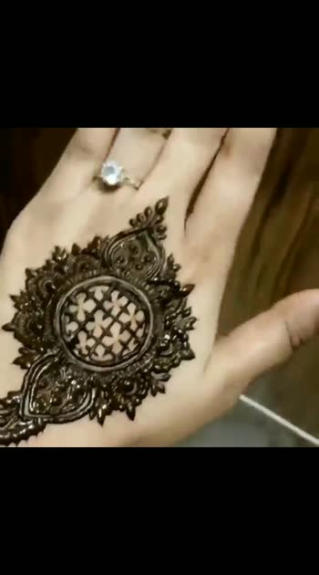 Is it amazing na? 😍#henna #designs #beautiful #nails wag #beauty #beautiful #photo #portrait #clutch #watch #henna designs #punk #pink #decent #looks #rings #diamond nails #beautiful #style #girls #stylish #sparkles #styles#glitter #instagram #glitter #sparkles  #feeling #beautiful #colourful #jewelry  #beautiful