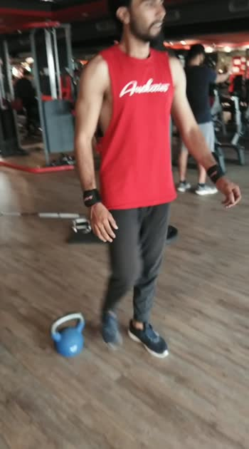 single leg squat# #roposo #