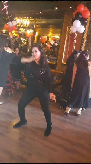 #ladkiaankhmare #roposostar #raisingstar #dance