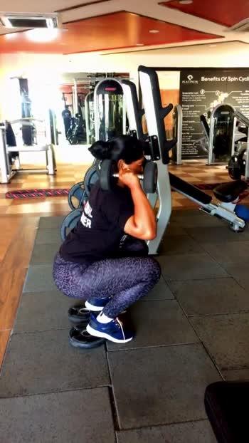 Leg day 🔥 #squats #legworkout #leg #gym #fitnessmodel