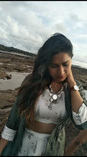 today's shoot #makeupartistjyotigupta #roposostar #wowchannel #filmistaanchannel #filmistan-channel #wowvideo #beatschannel #beautyproducts #beautybloggers #modelshoot #roposobeauty #roposo-wow #roposo_star #roposo-style #roposobeauty #roposostarchannel #roposorisingstar #risingstarschannel #rising_star_on_roposo