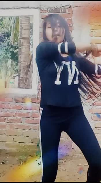 #merawaladance  #dancer #roposo  #staroftheweek  #dancerslife  #beats #foryou Roposo Roposo Roposo @roposocontests R Roposo