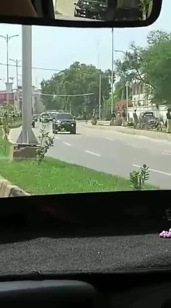 Cricket match in Karachi, Srilanka team heading to stadium 😊only tank missing