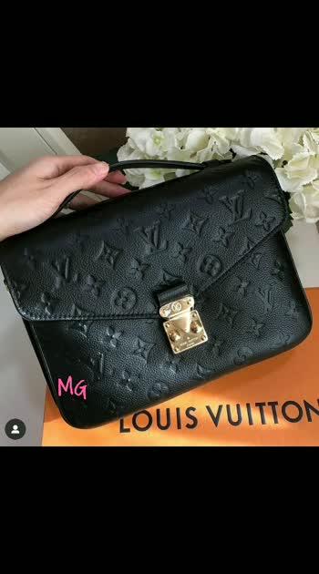 HANDBAGS 12A QUALITY  #onlineshopping #resellerwelcome #wholesaler #baguniverse_amstore #wholesalebags #7503209003 #slingbags #mg #handbags #delhifashionblogger #mumbaifashionblogger #fashionbag #12aquality #southafricanfashion  DM OR WHATSAPP 7503209003 FOR ENQUIRIES N ORDERS !!