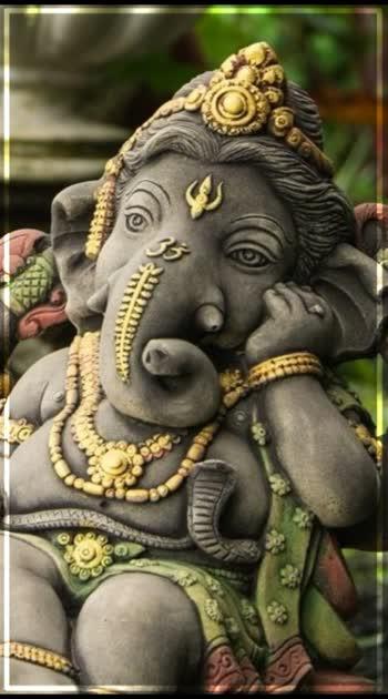 Pillayar Vinayaka #vinayaka #pillayarappa #ayuthapoojai#vinayakachaturthi #vinayagar #vinayagarstatus#godsongs #godstatues #godstatusforwhatsaap