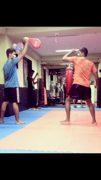 "The Most ""Powerful Snap Round Kick"" , thrown in MMA, Kick- Boxing, Myua Thia  and usually a Thai -style. This kick will enhance ur speed , power and give ur kick a good reach and Flexibility💪🏻👊🏻. . . . #fitness #getfit #getstronger #fitnessgoals #saturdaymotivation💪💪💪 #ucandoit💪 #kickboxing #taekwondo #mma #snapkick #roundhousesnapkick #fitnessaddict #fitnessmotivation #vileparle #mumbai  @predominatemmafitness"