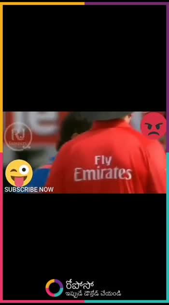 Dhoni 🆚 umpire