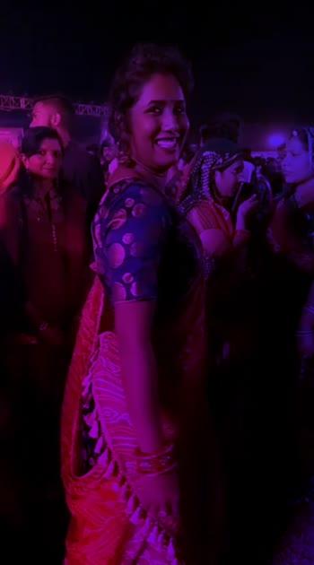 #navratri2019 #indianfashion #indianbeauty #parihoonmain