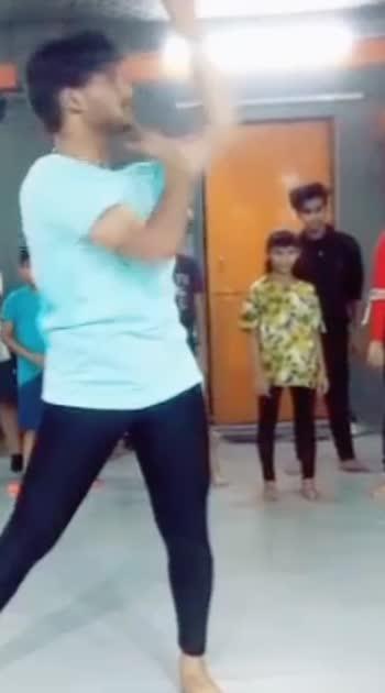 #senorita_dancechallenge #roposo #roposodancer