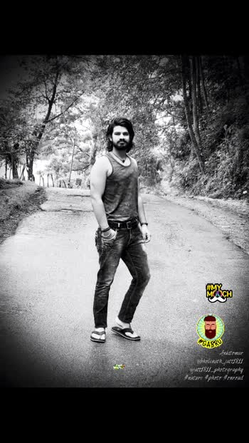 Always a traveller!!!  #lovebeard #kundimuch #stylestatement #beardedvillains #beardedmen #hairstyleing #loveit #ropo-love   #haircare #hairstyle #longhairs #longhairstyle #longhairdontcare #gabru #fitnessfreak #mymooch
