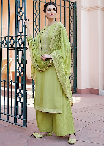 Engaging Green Palazzo Style Suit is a Classy Combination of Heavy Muslin Kameez, Cotton Bottom & Chiffon Dupatta.  https://www.manndola.com/engaging-green-palazzo-style-suit