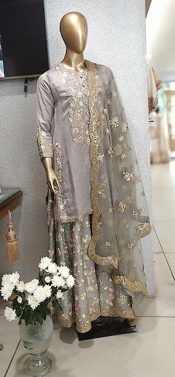 Beautiful Diwali Festive by Gopi Vaid Today and Tomorrow exclusively at Deval The Multi Designer Store!!! #devalstore #ahmedabad #designerstore #designerwear #multidesignerstore #festivewear #gopivaid #womenswear #clothingstore #shararaset #kurtaset #festivecollection