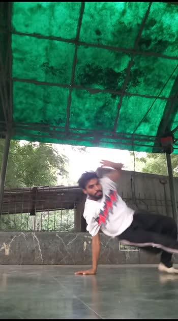 Tej Footworks  #roposo  #roposonesss  #roposofamous  #roposo-creative  #danceindia  #roposo-dance  #roposo-hot  #roposo-channel  #roposostars  #roposo-beats  #roposolove  #roposo-masti  #roposo-wow  #roposocontest  #ropovideo