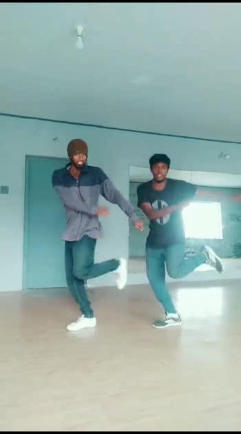 #remix-song #unakum_enakum #danceindia #roposostars #roposo-beats #callfortamil #1millionaudition #1millionauditionindia #risingstaronroposo #beatschannel #tamil #tamilbeats #tamilsong #pdc #cbe