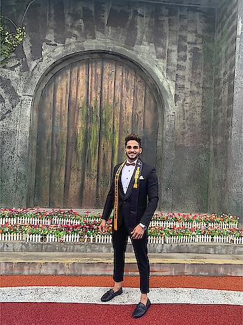 Suit round costume at Mister Landscapes International in Xi'an China..!🙌🏻  Design by:- @seemadmehta   #rubarugroup #rubarumisterindia2018 #misterlandscapesinternational #bethebest #believeinyourself #modelife #shootmode #success #goals #happiness #hustle