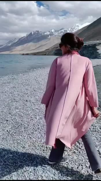 ootd at ladkah #ootd #ootdroposo #ladakhtrip #ladakhtourism #fashionista