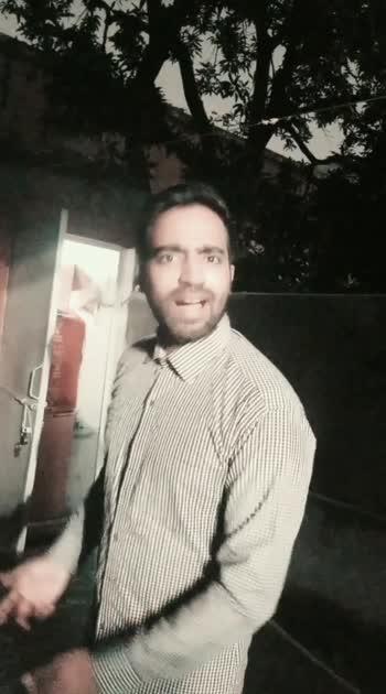 Bhaisaab mein peshaap karne ja raha huin aap dekhege kya? #peshab #bollywooddialogues #funnyvideo #funnydialogues #bollywood #funny_video #funnyvideos