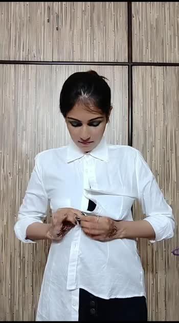 white shirt with a twist #styleblogger #styleinspiration #styleicon #stylegram #styleblog #stylepost