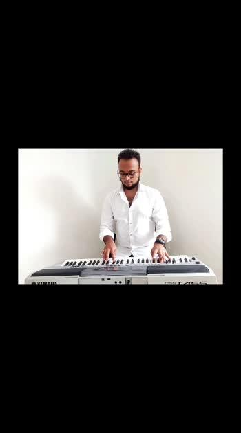 Tujhe Kitna chahne lage hum - Kabir singh #kabirsingh #kabirsingh #kabir_singh #shahidkapoor #kiaraadvani #tujhekitnachahnelage #tujhekitnachahnelgehum #pianocover #surat #bohra #bohrastyle #dawoodibohra #indiankeyboardpkayer #keyboardcover #yamaha #like4like #followforfollow #subforsub