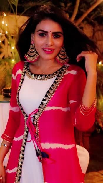 Diwali pics 💥💥💥⭐️⭐️⭐️💓💓💓💓 : #happydiwali #happydiwali2019 #indianfestival #festivalvibes #festivalfashion #indianwear #traditional #traditionalwear #indianethnicwear  #indianfashion #indiangirl #desigirl #desilook #desi #indianbeauty #ootd #outfit #candidphoto : #missmermaidasiainternational2019 #RehaaKhann #DohaQatar #MyDubai  #AmchiMumbai #RehaaKhannBlogger #RehaaKhannQueenlife #RehaaKhannPublicfigure #RehaaKhannStylefile #RehaaKhannFashion #RehaaKhannWithclass #RehaaKhannFans #Actress #Model #Bollywood #Tollywood #Pollywood #Business #Person #Media #Production🏡🌸🌼🍁☘️🌺