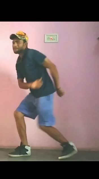 Ghungroo #ghungroo #hiritikroshan #dance #danceindia #roposostar #foryourpage