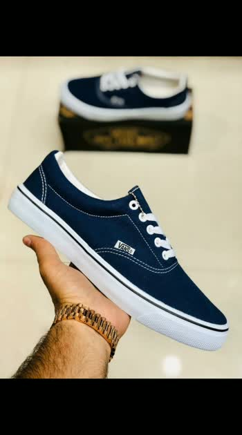 *VANS CLASSIC*  Sizes : 41-45  *Price: 1050/₹*  Shipping Free🔥  7@ Quality GrNtd WITH BRAND BOX LG