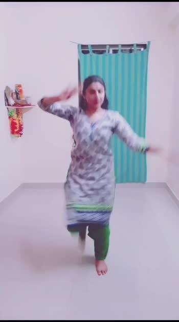 Dance is my Soul #bharatanatyam #dancer #roposo #100likes #1m #1mvinesin #1mviews #mumbai #payalravendra #joinme #india #indiadance #indiandancer #indiandancerscommunity