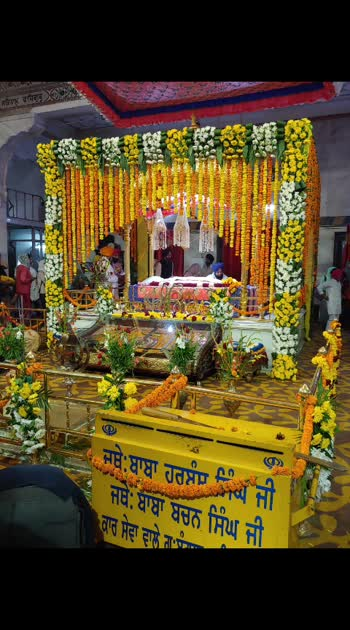 Happy Gurupurab! . #lookgoodfeelgood #rangoli #punjabiway #filmistaan #trending #wow  #twinklewithmystyle