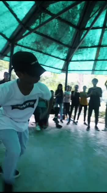 bboying is my air #vibe #roposostar #roposo-dance #roposolove #risingstaronroposo #vibes #bboying