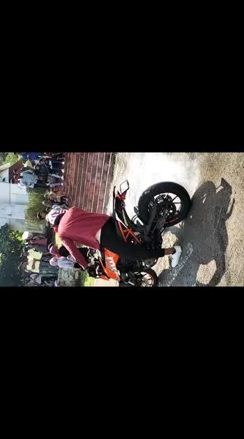 🏍️burn out🏍️ #dukelover #bike-stunt #expo #dukestatus #duke_lovers