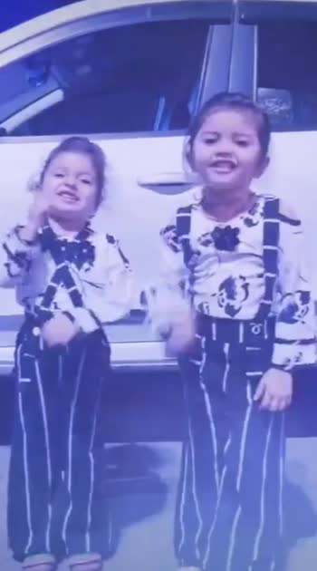 Again Twinning With Trend❤❤ @riddhucute #aarohi #princess #cutiepie #expressionqueen #dancingqueen #riddhucute #gujju #gujjukigang #rajkot #rajkotian #gujjugirl
